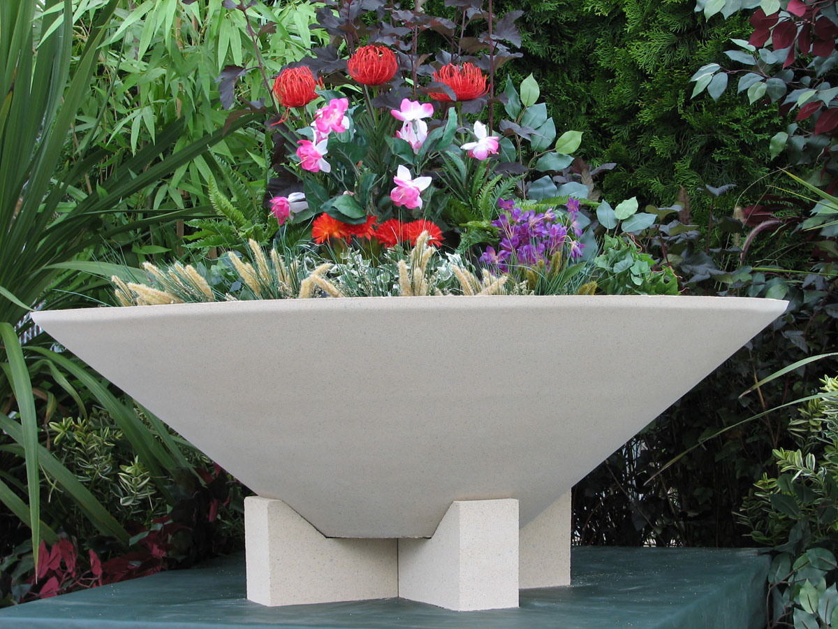 Raise Your Essex Bowl Planter With Feet Garden Artisans
