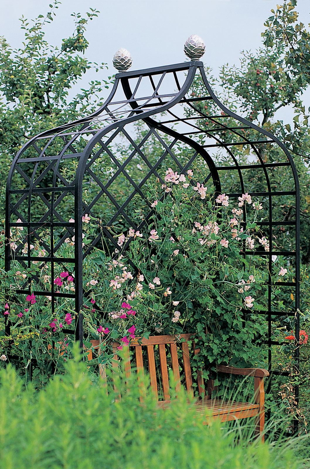 Delicieux Victorian Enclosed Garden Arbor   Classic Garden Elements