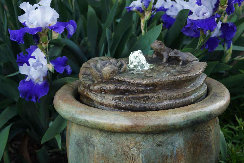 Frogs Patio Bubbler Fountain Garden Artisans Llc