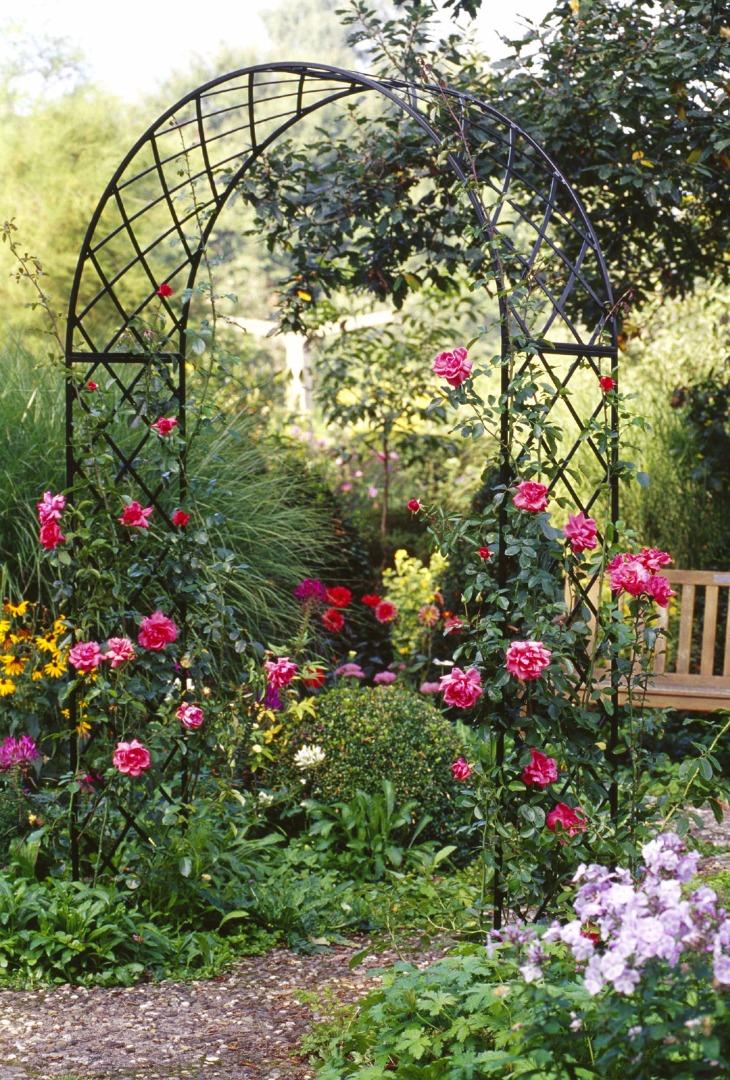 Bagatelle garden arch beautiful round arch garden artisans llc - Garden arches design ideas ...