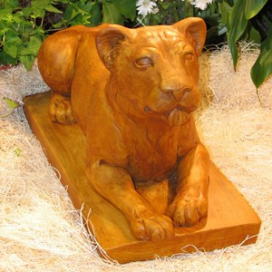Female Lion statue - Terracotta