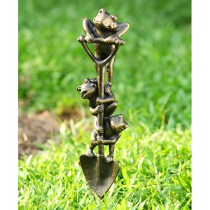 Digging Frog Trio garden decor