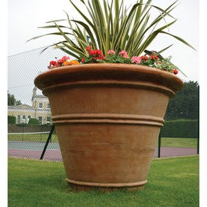 Large Pot - fiberglass planter in Weathered Terracotta