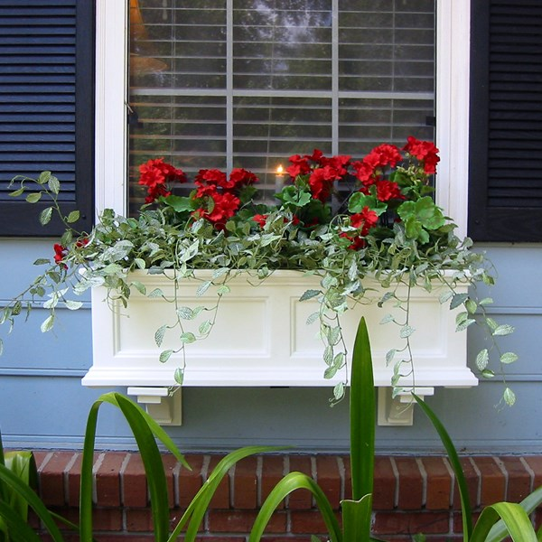 Fairfield 3' Window Box with Subirrigation - White