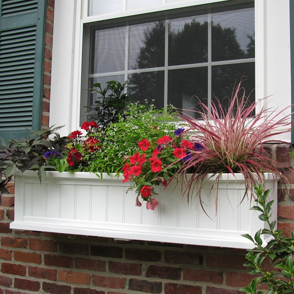 Cape Cod 4' Window Box - White