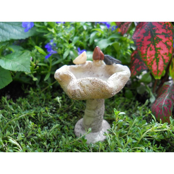 Miniature Triple Bird Birdbath