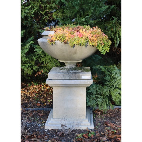 Frank Lloyd Wright Medium Residence Vase in Creme on Queen Anne Pedestal
