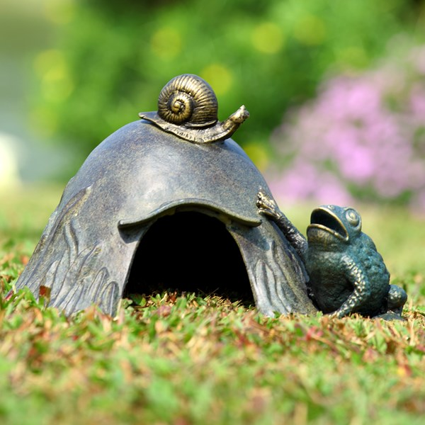 Toad House with Snail garden decor